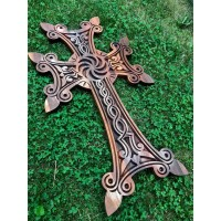 Гравиран дървен кръст